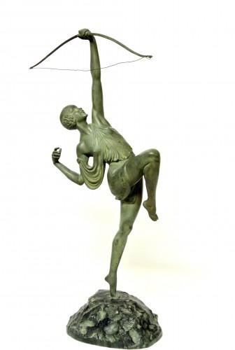 Diane chasseresse - Pierre Le Faguays (1892 - 1962 ) - Sculpture Style Art Déco