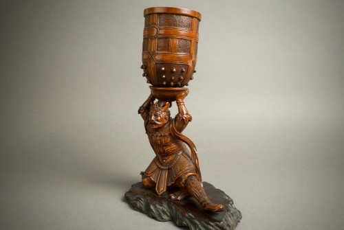 Komei – A Japanese Benkei and the bell - Asian Art & Antiques Style