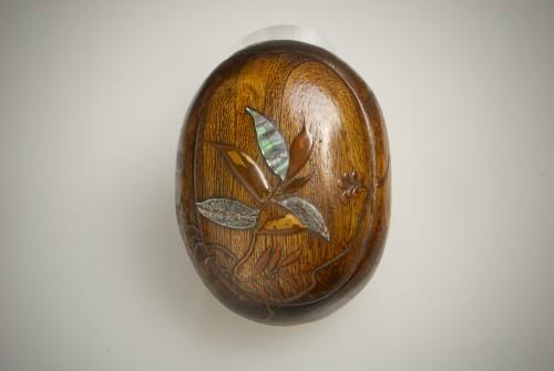 Asian Art & Antiques  - A Japanese paulownia wood sweet box