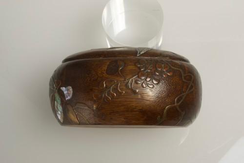 19th century - A Japanese paulownia wood sweet box