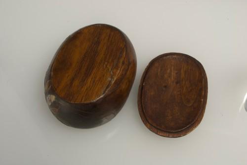 Antiquités - A Japanese paulownia wood sweet box