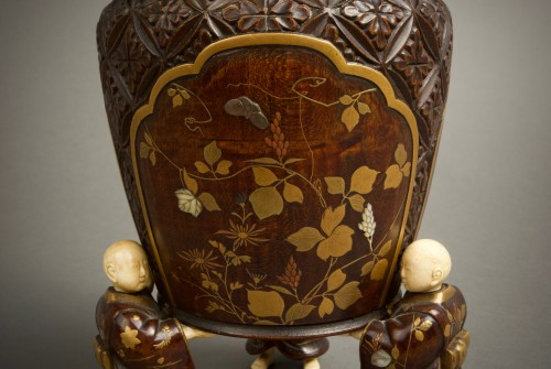 Antiquités - Shosai - A Japanese wood and lacquer O-natsume