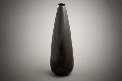 Asian Art & Antiques  - Jutsune – A Japanese chrysanthemums bronze vase
