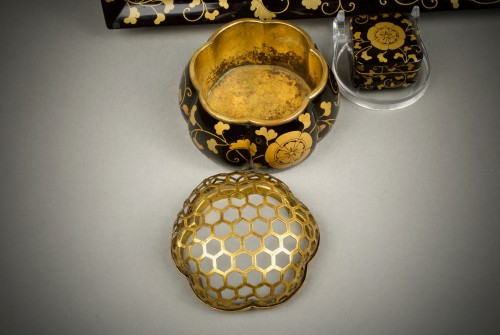A Japanese incense ceremony lacquer service -