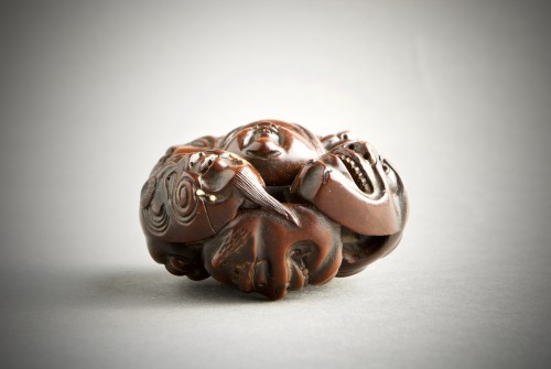 19th century - A Japanese netsuke of N?h and Kyogen theatre masks