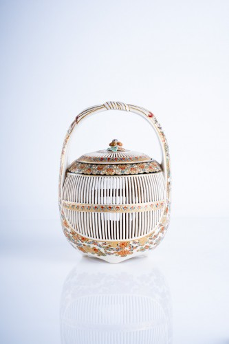 Asian Art & Antiques  - A Japanese Satsuma of a cricket cage