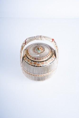 19th century - A Japanese Satsuma of a cricket cage
