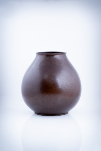Asian Art & Antiques  - A Japanese bronze vase of a parrot
