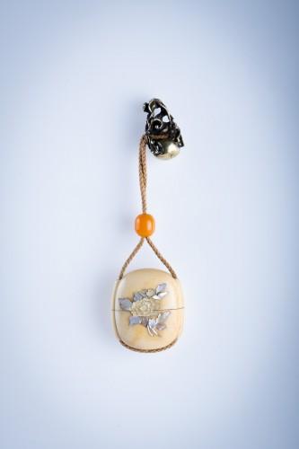 A Japanese ivory and shibayama inro - Asian Works of Art Style