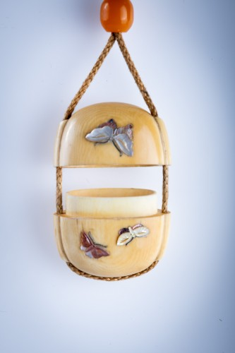19th century - A Japanese ivory and shibayama inro