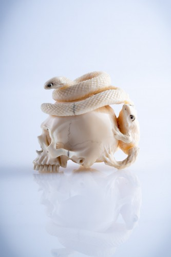 A Japanese ivory vanitas - Asian Art & Antiques Style