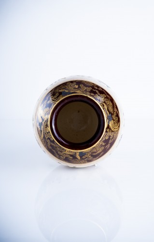Asian Art & Antiques  - Kinkozan Sobei - A Japanese Satsuma vase