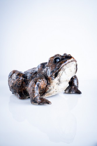 20th century - A Japanese okimono of a toad