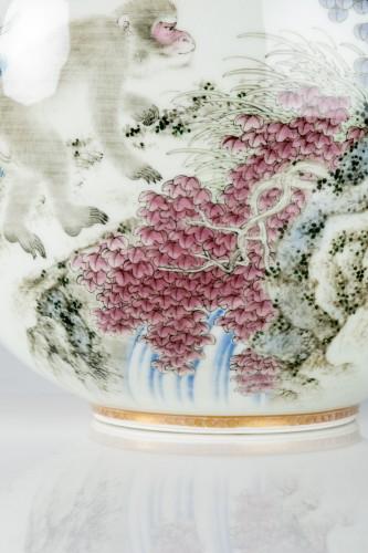 19th century - Fukagawa - A Japanese Imari globular vase