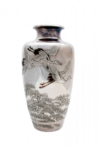 Eiho – A Japanese solid silver vase