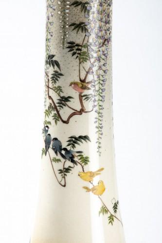Kinkozan - A Japanese trumpet-shape vase -