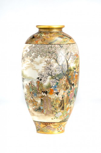 Okamoto Ryozan - A Japanese Satsuma vase  -