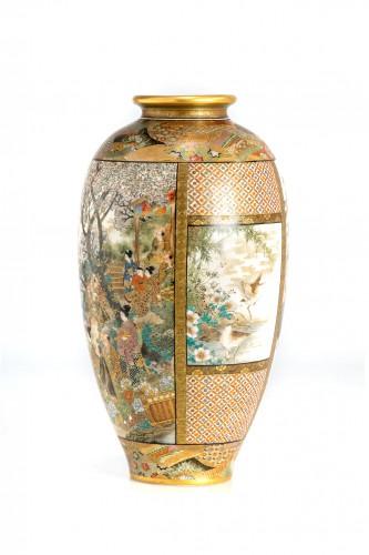 19th century - Okamoto Ryozan - A Japanese Satsuma vase