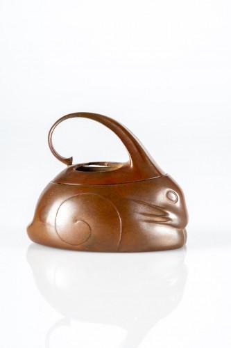 Asian Works of Art  - A Japanese bronze Koro