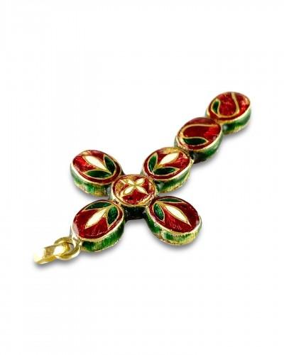 Antique Jewellery  - Diamond set gold & enamel cross. Indian, early 20th century.