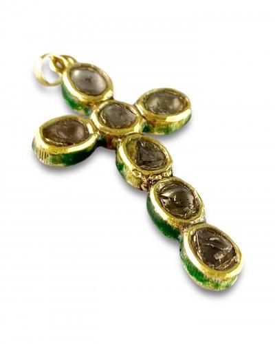 Diamond set gold & enamel cross. Indian, early 20th century. -