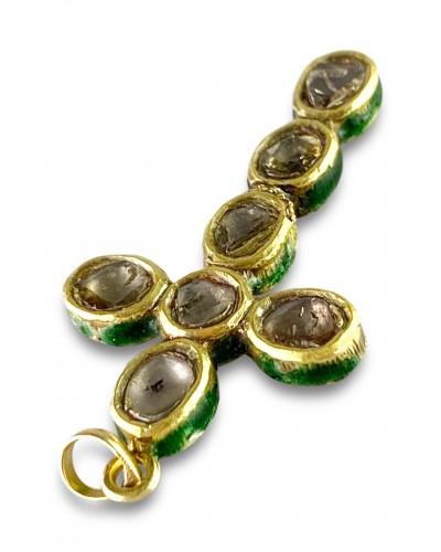 20th century - Diamond set gold & enamel cross. Indian, early 20th century.