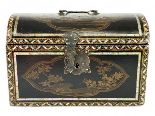 Namban lacquer casket. Japanese, Momoyama period, 16th - 17th century.