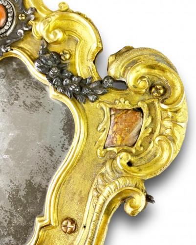 Ormolu coral mirror. Italian, mid 18th century. - Mirrors, Trumeau Style