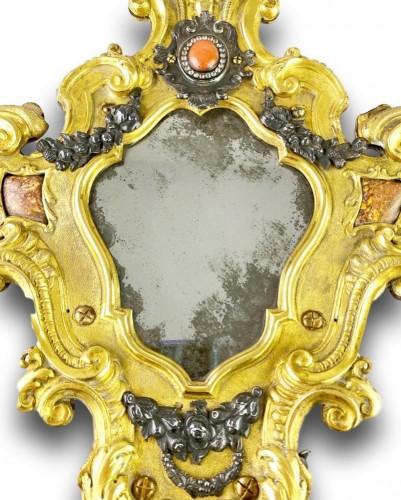 Antiquités - Ormolu coral mirror. Italian, mid 18th century.