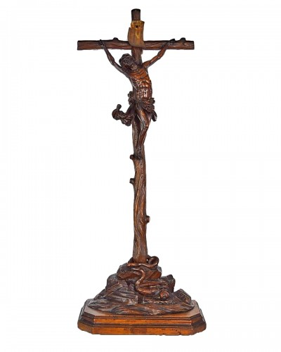 A fine boxwood crucifix with the dying christ. Italian, 17th century