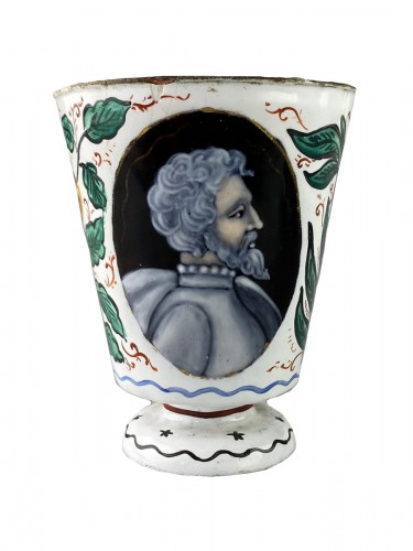 Enamel beaker with classical profiles & flowers. Limoges, 17th century