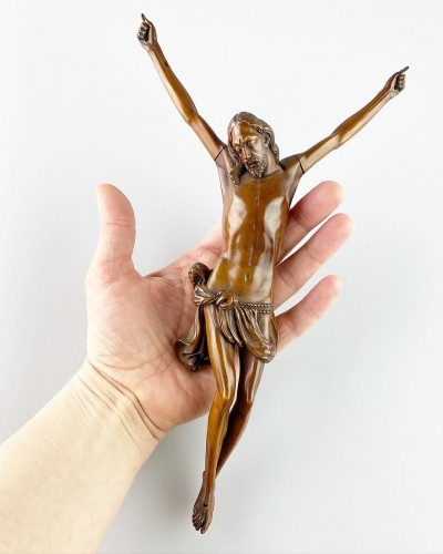 Fruitwood Corpus Christi. French, mid 17th century. - Sculpture Style