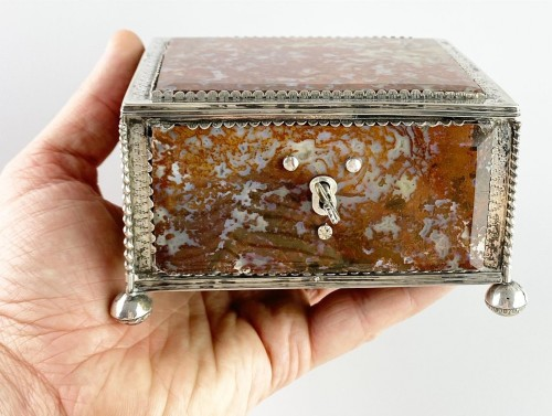 Silver moss agate casket. South German, late 17th century. - Curiosities Style