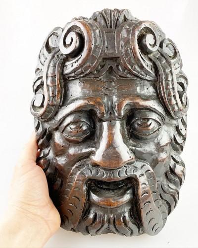 Sculpture  - Pair of Renaissance masks of warriors. Italian, late 16th century.