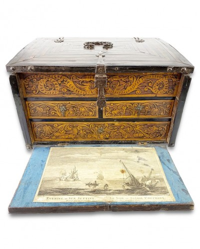 Colonial table cabinet, Mexico second half of the 17th century - Curiosities Style