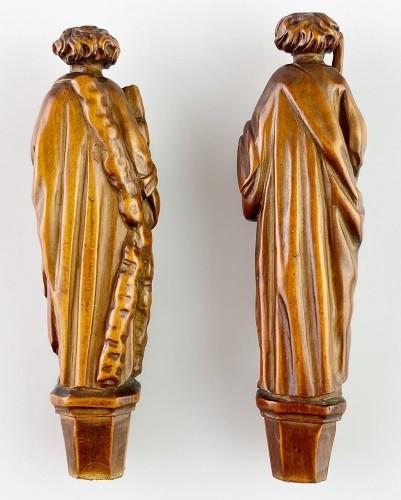 17th century - Boxwood knife handles. Flemish, second half of the 17th century.