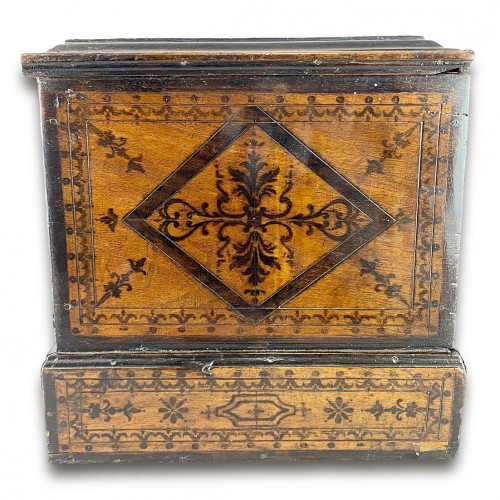 Penwork tea chest. French, mid 18th century. -