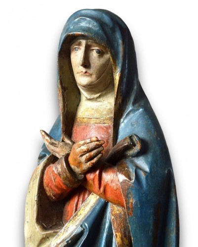 Limewood sculpture of the virgin. Southern Germany, early 16th century. -