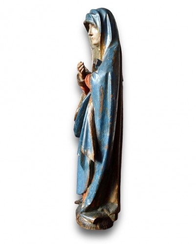 - Limewood sculpture of the virgin. Southern Germany, early 16th century.