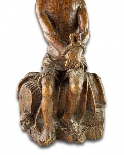 Antiquités - Oak sculpture of Christ on the cold stone. French, early 16th century.