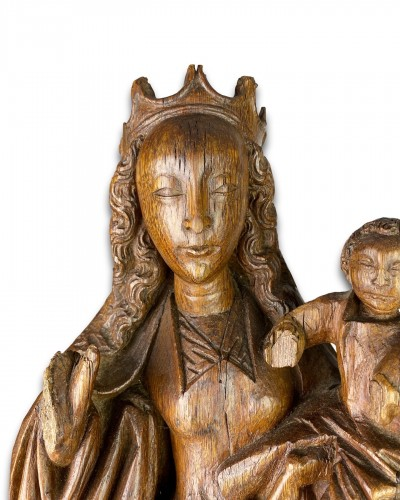 - Oak Virgin and Child on a Crescent Moon. Bourgogne, early 16th century.