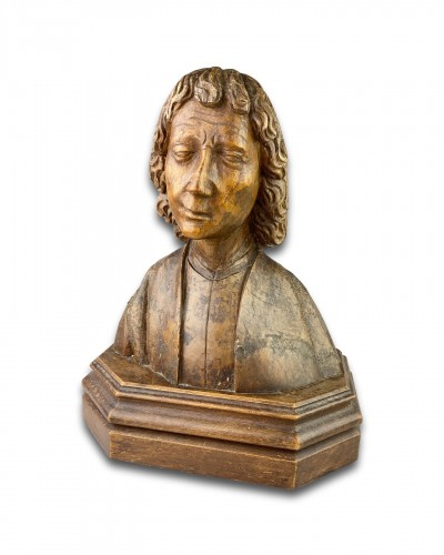 11th to 15th century - Oak bust of Saint John the Evangelist. French, 15th century.