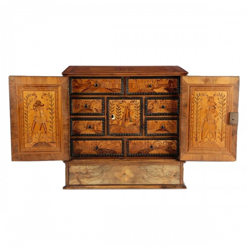 Marquetry table cabinet. Austria or Southern Germany, 17th century.