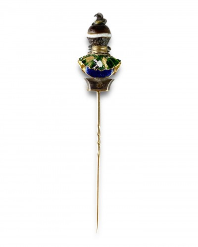 Antique Jewellery  - Stick pin with an agate & enamel bust of a Moorish Prince. French, 18th cen