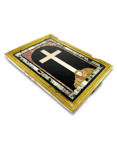 17th century - Marble inlaid tabernacle door with crucifix on Golgotha. Italian, 17th cent