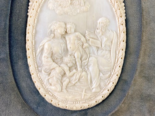 19th century - Ivory reliefs showing scenes from the life of Christ. French, 18th/19th cen