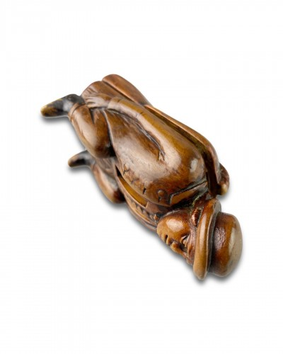 18th century - Fruitwood snuff box carved as a coachman relieving himself. Dutch, c.1780