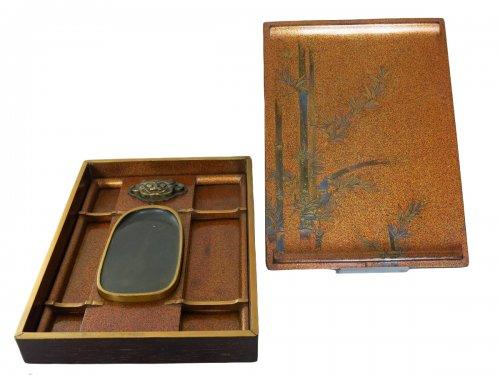 Japanese lacquer box - Suzuribako