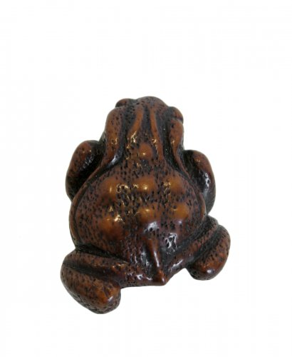 Netsuke A model of a toad. Echigo, Japan EDO