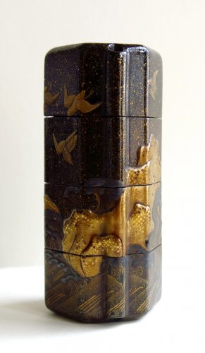 INRO - Unusual and rare shape on a japanese lacquer inro